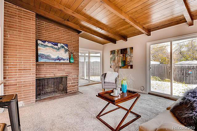 Denver mid century homes for sale week of nov 13 2017 for Mid century modern homes denver