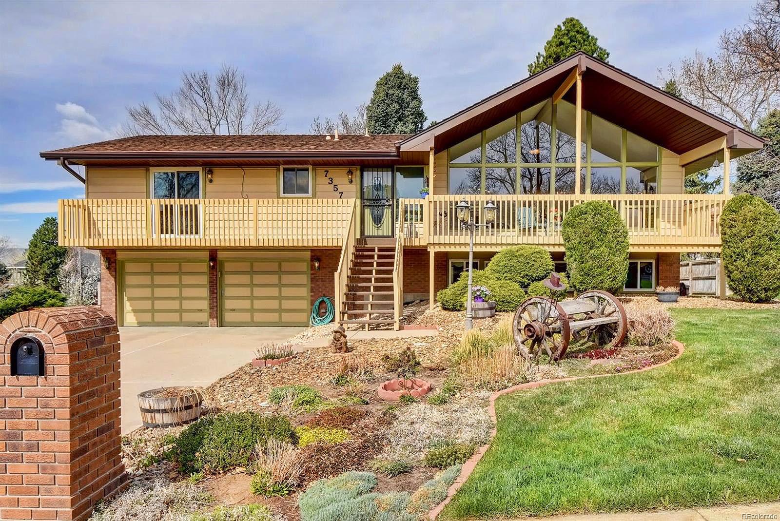 Denver mid century modern retro ranch homes for sale for Retro modern house