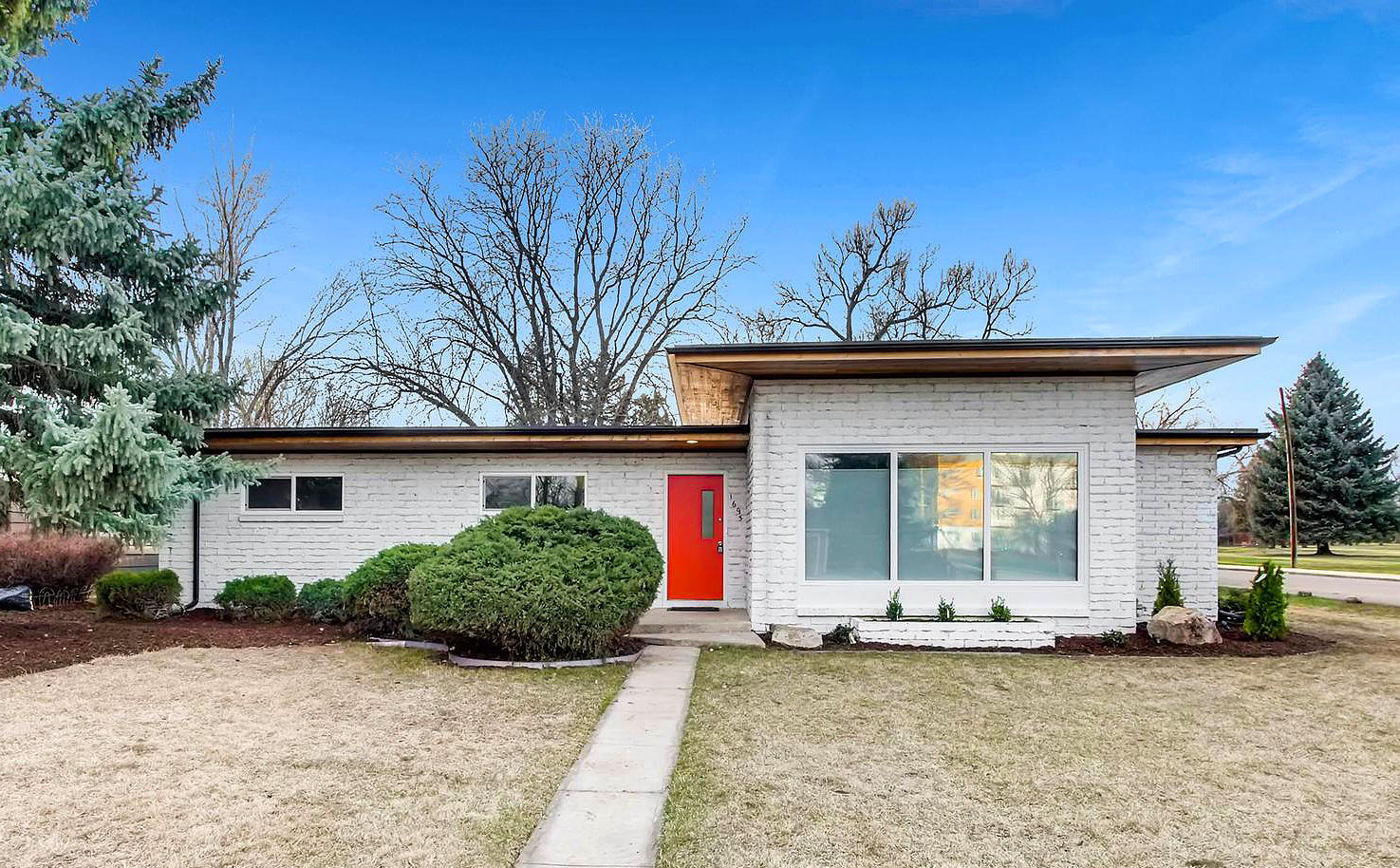 Denver mid century modern homes for sale week of april 6 for Mid century modern homes denver